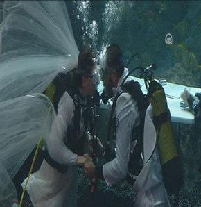 Akvaryum'da nikah!