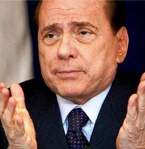 Berlusconi için 5 yıl hapis istendi