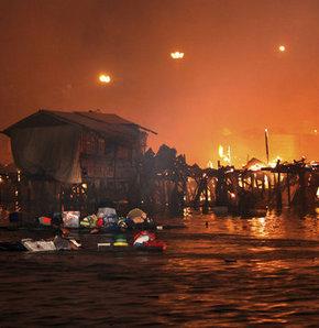 Filipinler'de büyük yangın