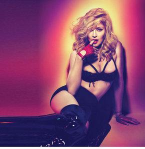 Madonna'nın klibi 18 yaş altına yasak!