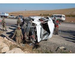 Amatör Futbolcuları Taşıyan Minibüsün Lastiği Patladı: 1 Ölü, 11 Yaralı
