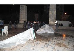 Bdp'lilerin Kurduğu Çadır Polis Tarafından Kaldırıldı