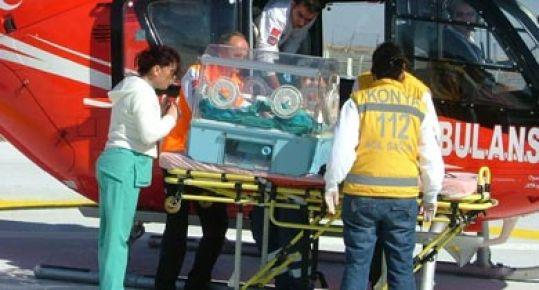Erken Doğan Bebeğe Hava Ambulans