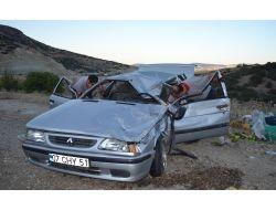 Kula' Da Trafik Kazası: 1 Ölü, 1 Yaralı