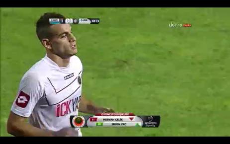 Mervan Süper Ligde ilk resmi maçında ..