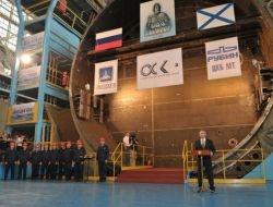 Putin Nükleer Denizaltıyı Denize İndirdi