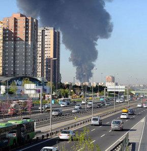 İstanbul'un göbeğinde büyük yangın