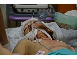 Bombardımanda Yaralanan Suriyeliler Türkiye'ye Getirildi